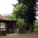 Iglesia y tejo de cazo